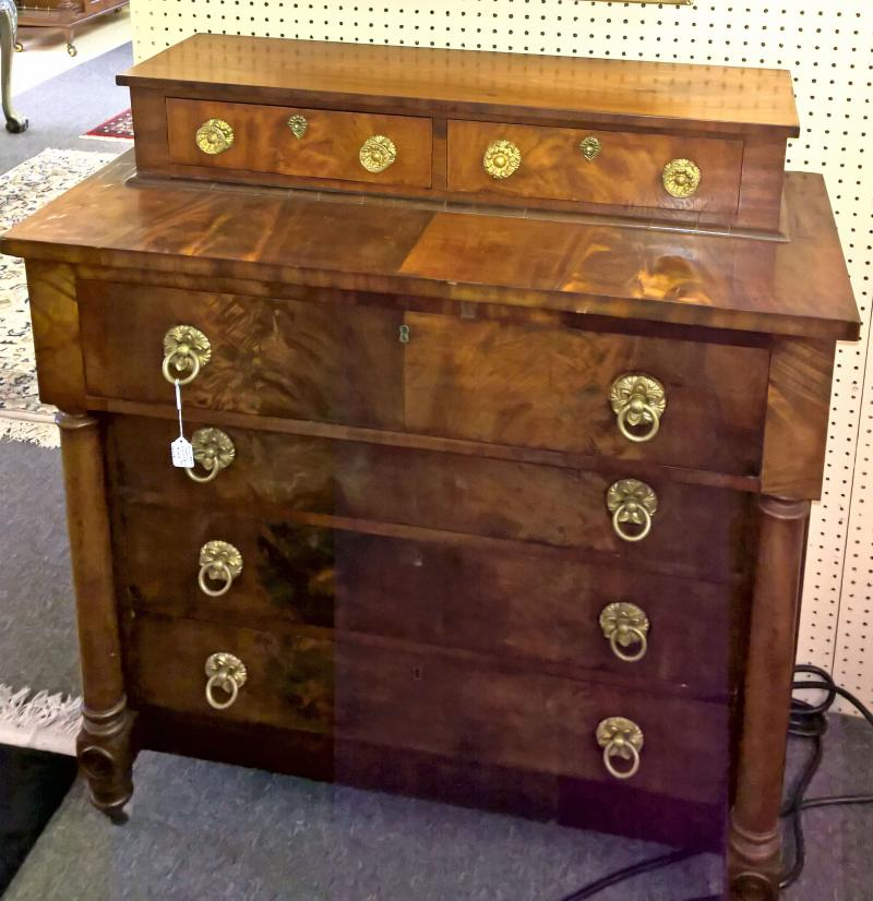 Early 1800s Chest with original pulls