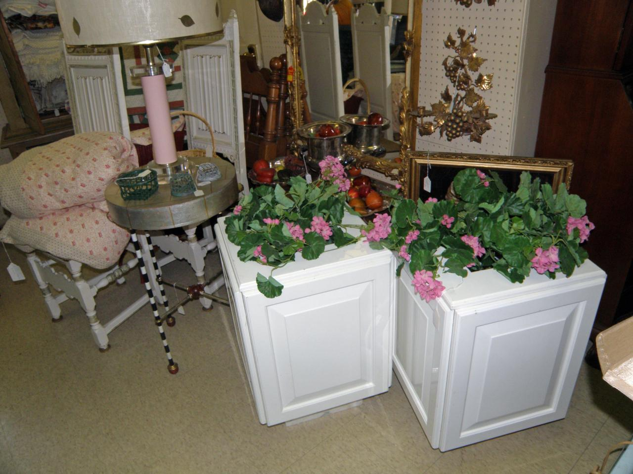 Antique galleries of st petersburg additional tampa bay for Asian furniture tampa